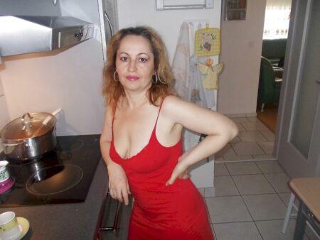 Cougar sexy de Briançon pour une bonne rencontre