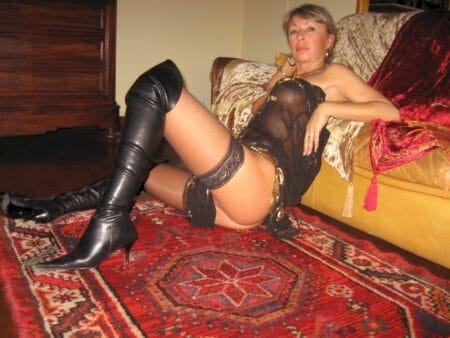Femme cougar recherche son libertin sur La Roche-sur-Yon