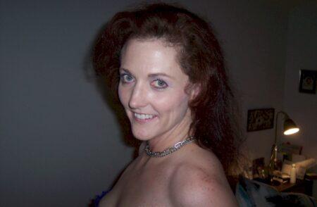 Pour jeune mec propre libre qui souhaite une femme infidèle sexy