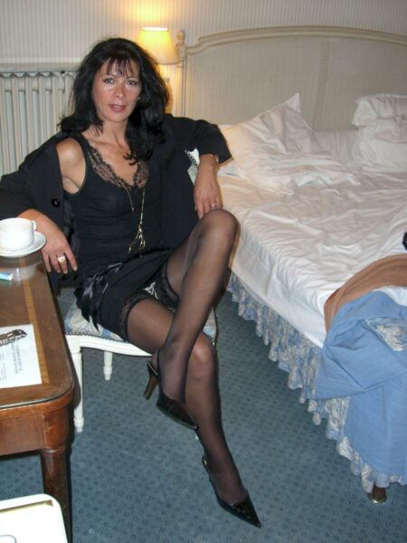Très belle femme coquine propose un vrai plan baise pour femme infidèle